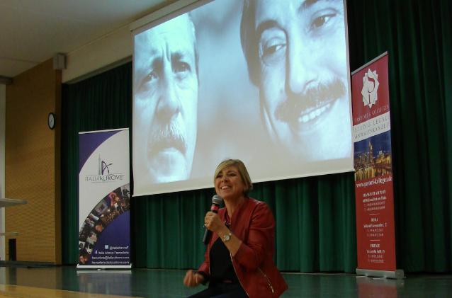 Fiammetta Borsellino incontra Italia Altrove Francoforte ed i ragazzi della Scuola Europea